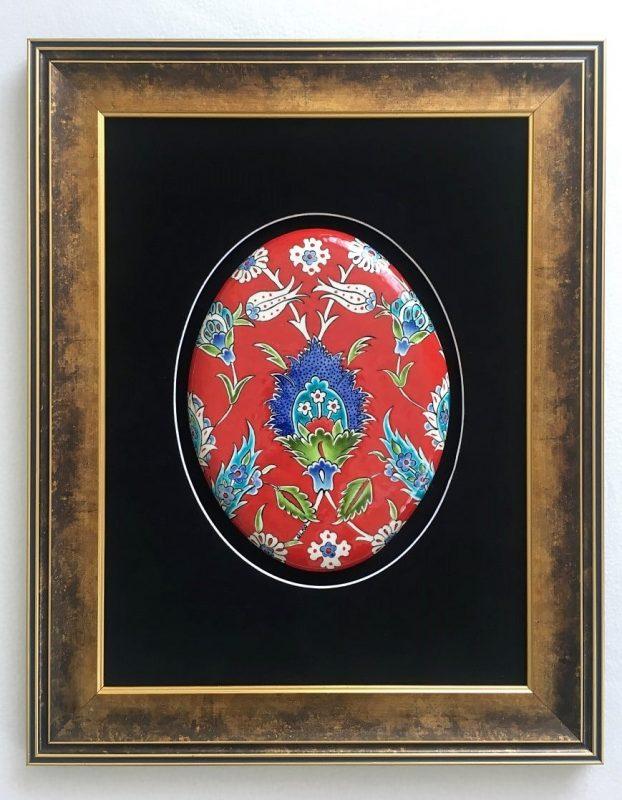 Klasik Kırmızı Çiçek Desenli İznik Çini Tablo